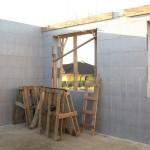 passzív falelem hőszigetelt zsalurendszer isoshell icg szerkezet szerkezet építése a tetőszerkezet falazás munkák vége  c